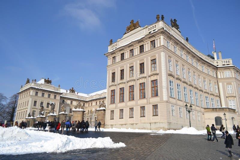 Hradcany - o castelo de Praga em Praga. imagem de stock