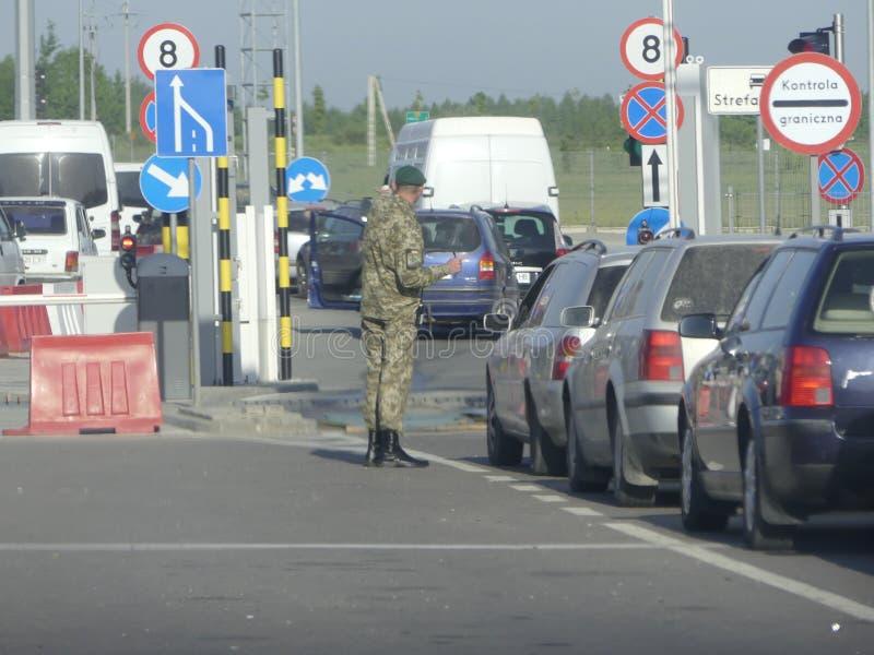 Hrushiv-Budomezh testpunkt på gränsen med Ukraina och Polan arkivfoton