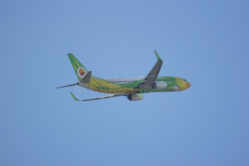 HS-DBR Boeing 737-800 of NokAir . CHIANG MAI, THAILAND -NOVEMBER 10 2017: HS-DBR Boeing 737-800 of NokAir . Take off from Chiangmai airport to Bangkok royalty free stock images