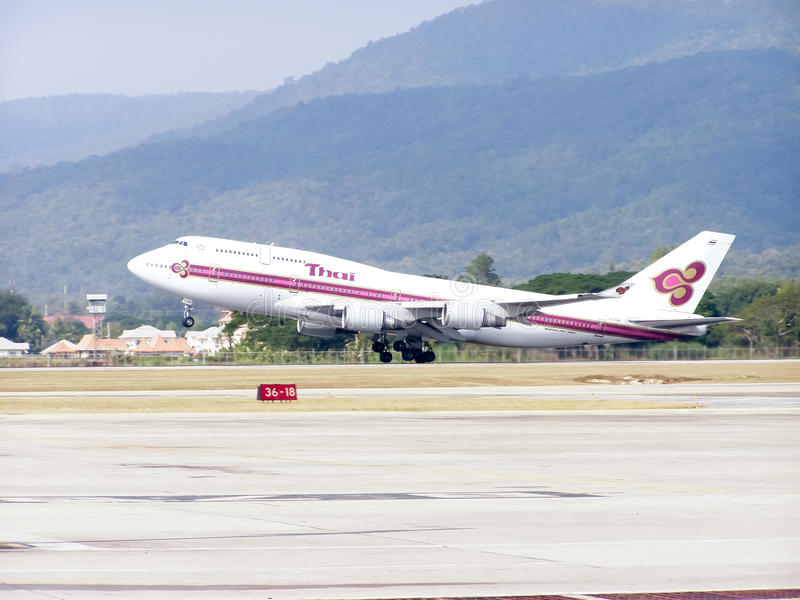 Hs-TGM Boeing 747-400 van Thaiairway royalty-vrije stock afbeelding