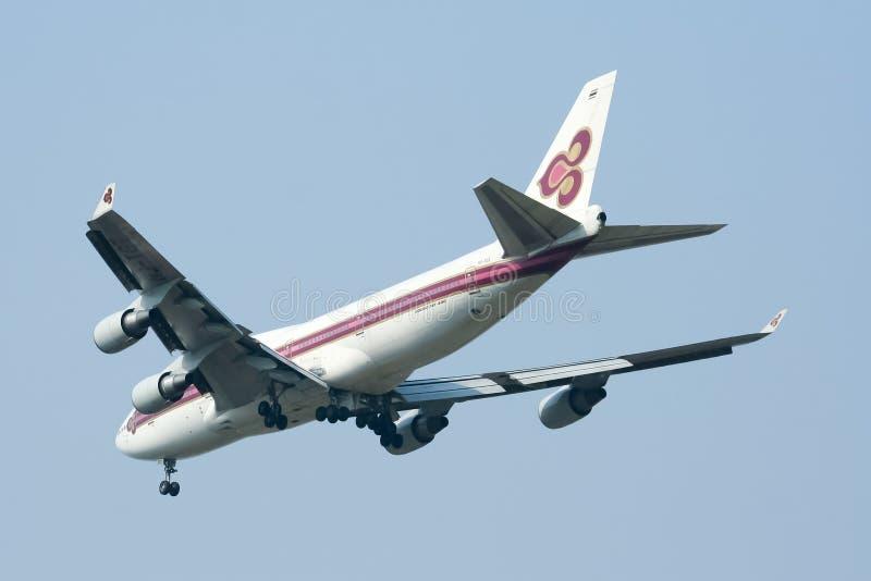 HS-TGT Boeing 747-400 von Thaiairway stockfotografie
