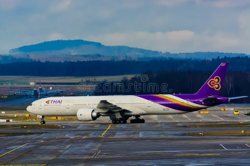 HS-TKN Thai Airways International Boeing 777-3AL (ER) - NC 41523/1091 photographie stock