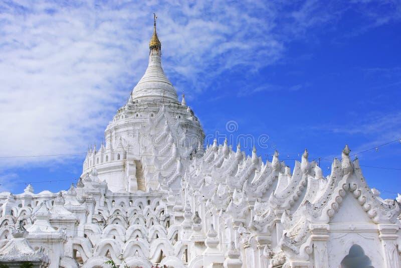 Hsinbyume塔在Mingun,曼德勒,缅甸 库存照片