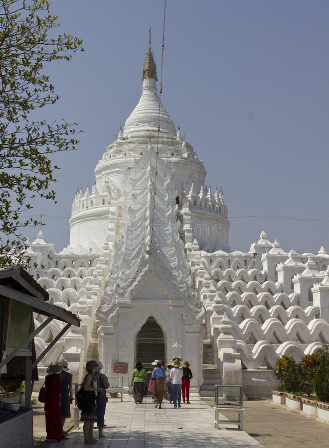 Hsinbyume ή παγόδα Myatheindan σε Mingun, στοκ φωτογραφία