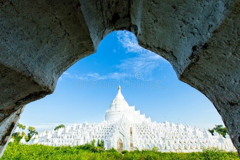 Hsinbyume, princesa White Elephant Mingun, Myanmar 2013 imagens de stock royalty free