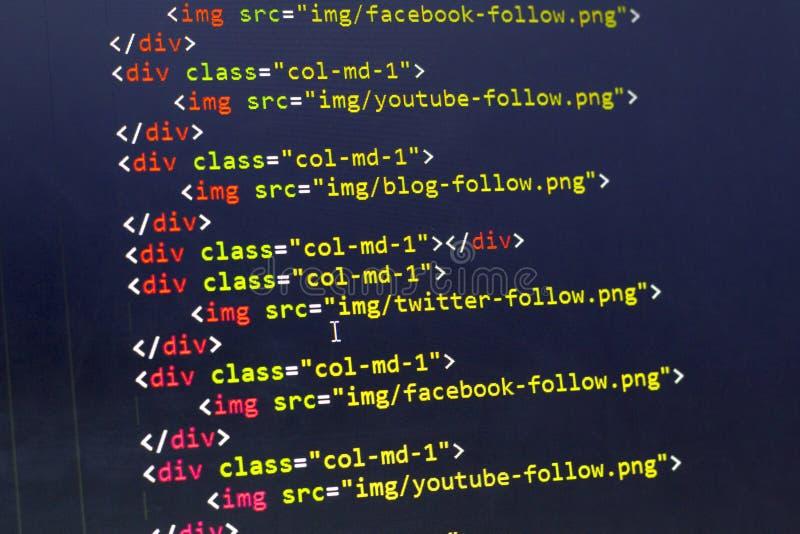 HTML με τον κώδικα δολωμάτων της διανομής των στοιχείων ιστοχώρου για τα περισσότερα δημοφιλή κοινωνικά δίκτυα στοκ εικόνα