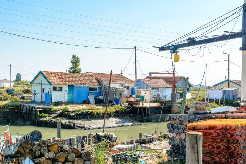Huître cultivant le site sur Ile d Oleron photos libres de droits