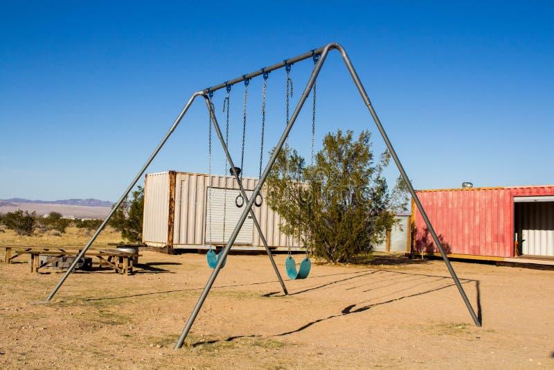 Huśtawka set w pustyni fotografia stock