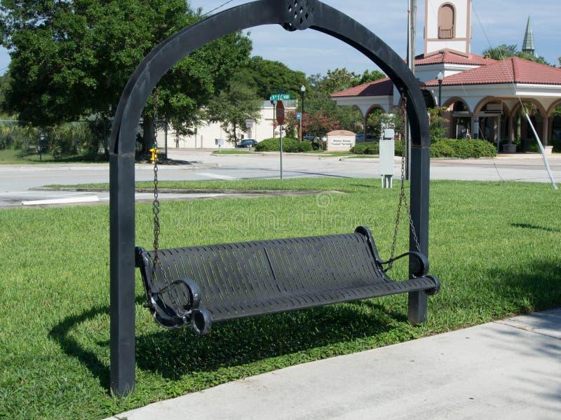 Huśtawka w parku zdjęcie royalty free