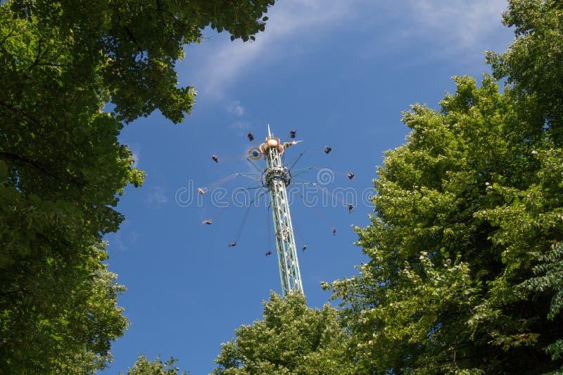 Huśtawkowa carousel gwiazdy ulotka w Tivoli, Kopenhaga, Dani obraz royalty free