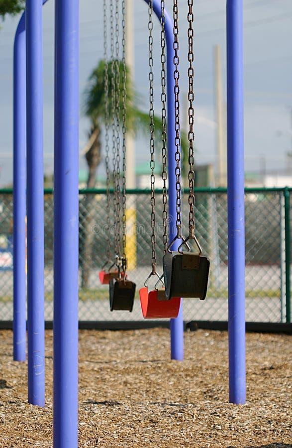 Download Huśtawki miasta zdjęcie stock. Obraz złożonej z park, niemowlak - 45986