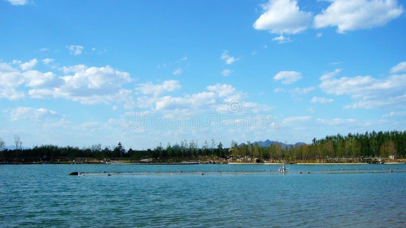 hua huan lake royaltyfri bild