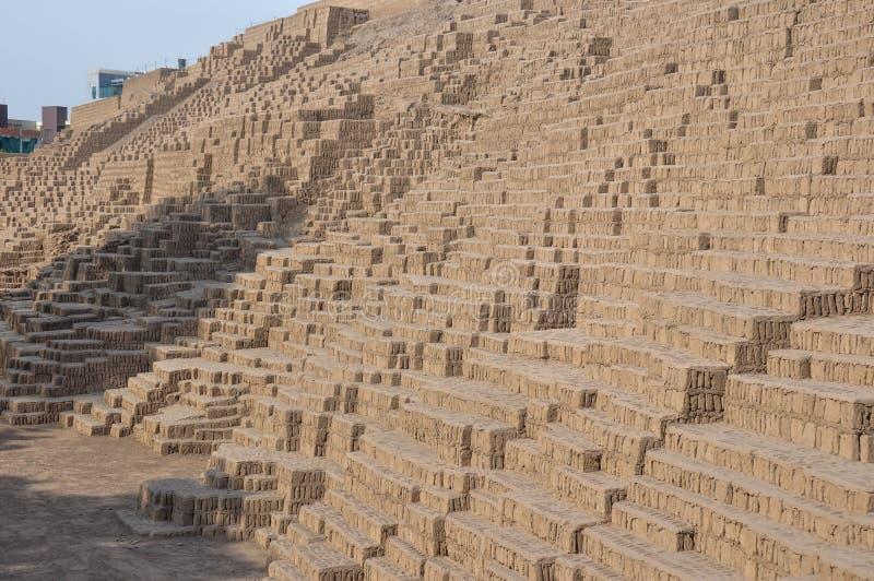 Huaca em Miraflores, Lima, Peru imagem de stock