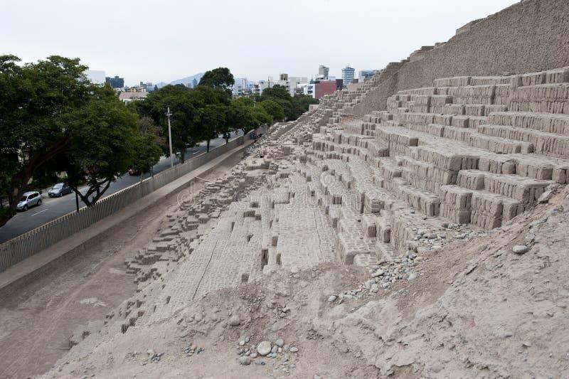 Huaca Pucllana金字塔  库存图片