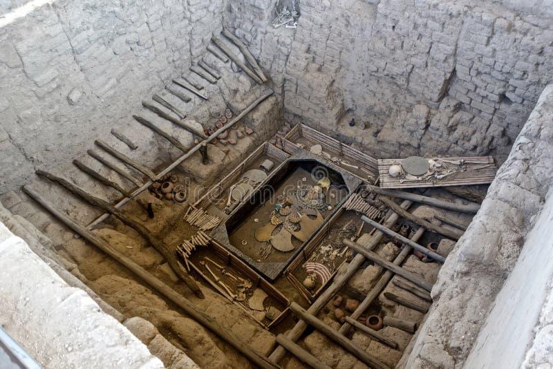Huaca Rajada, Sipan的阁下的皇家坟茔 秘鲁 库存照片