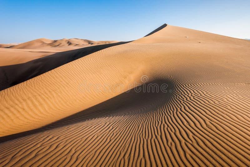 Huacachina沙漠沙丘 免版税库存图片