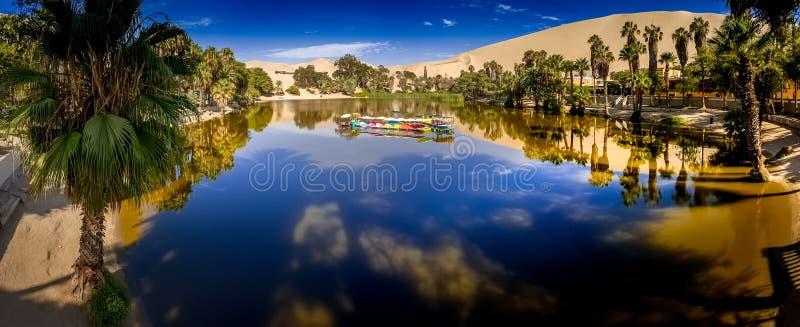 Huacachina oaza w Ica, Peru fotografia stock