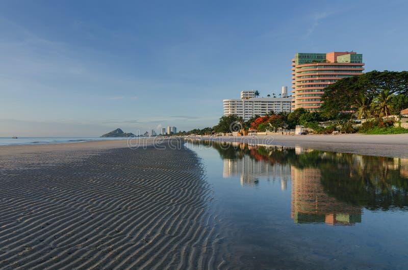 HUAHIN-Strand in Thailand stockbilder
