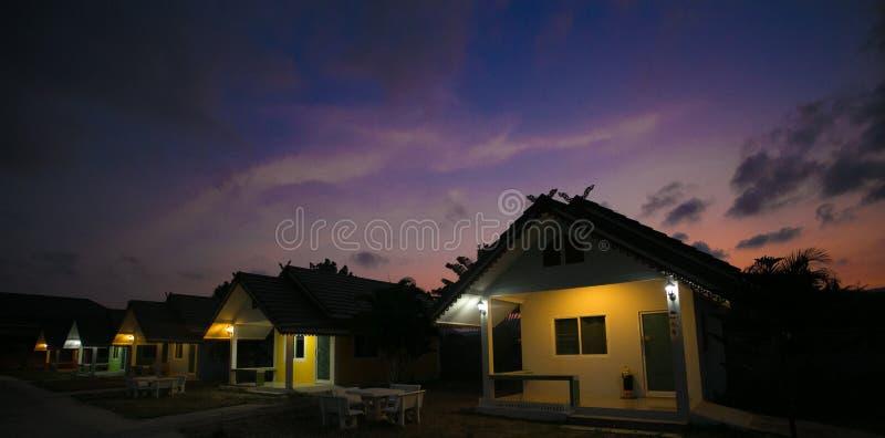 Huahin, Tailândia - 3 de março de 2017 recurso da casa, noite fotografia de stock royalty free
