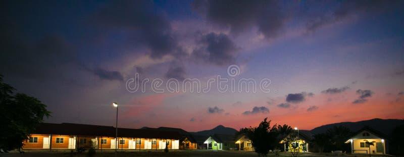 Huahin, Thaïlande - 3 mars 2017 station de vacances de Chambre, soirée images stock