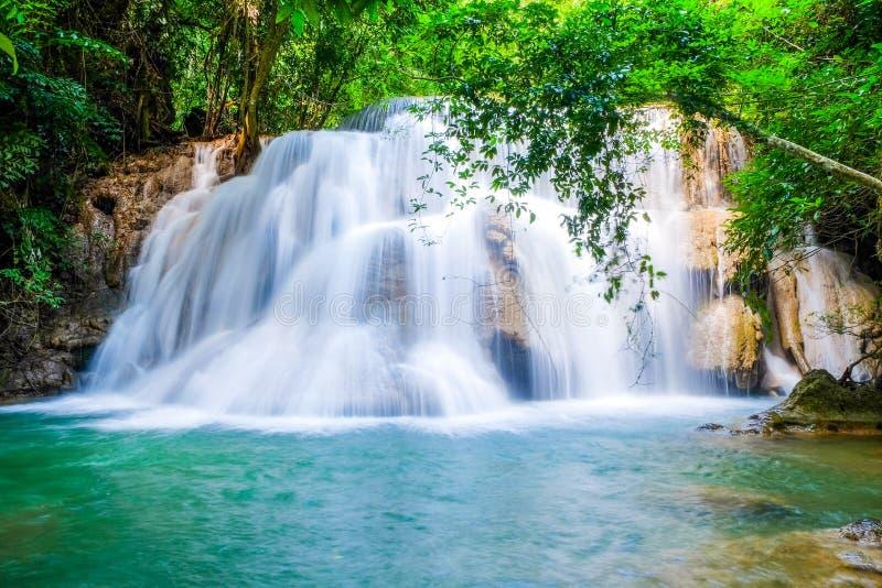 Huai Mae Khamin Waterfall Kanchanaburi, Thailand arkivbild