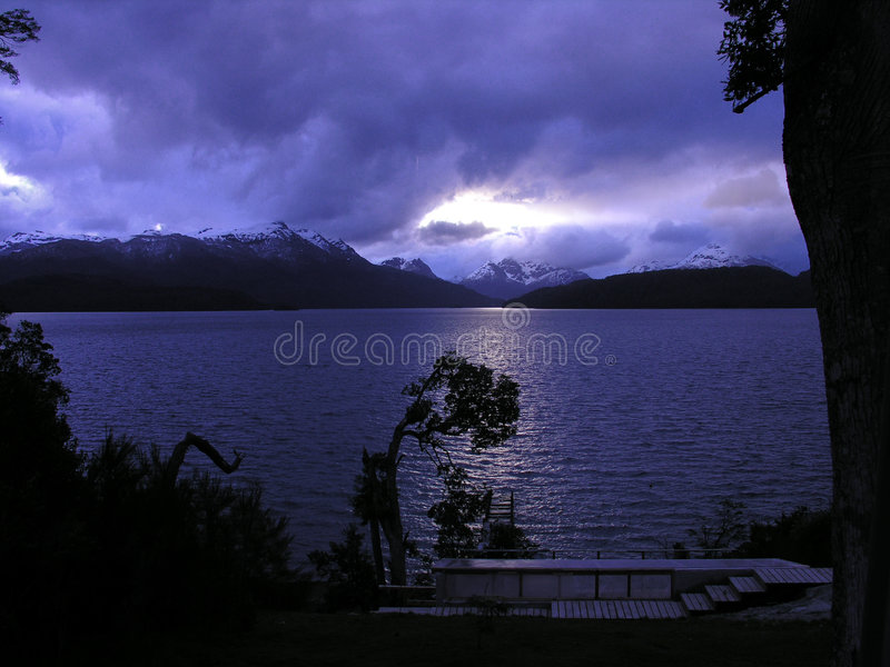 huapi nahuel argentina jeziora. obrazy stock