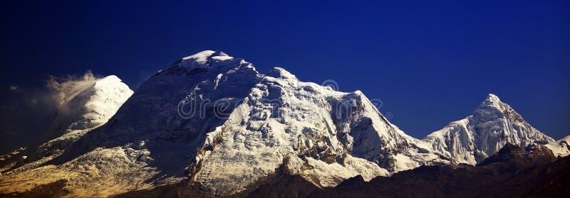 Huascaran szczyt w Cordiliera Blanca obrazy royalty free