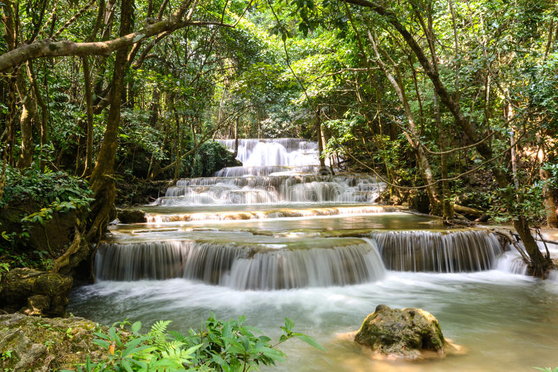 Huay Mae Kamin Waterfalls stock foto