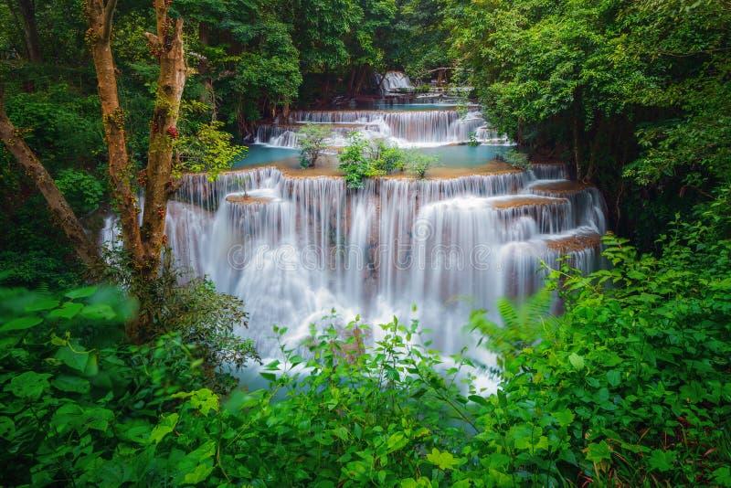Huay Mae Khamin Waterfall Paysage de nature de secteur de Kanchanaburi dans le secteur naturel il est situé en Thaïlande pour le  photo stock