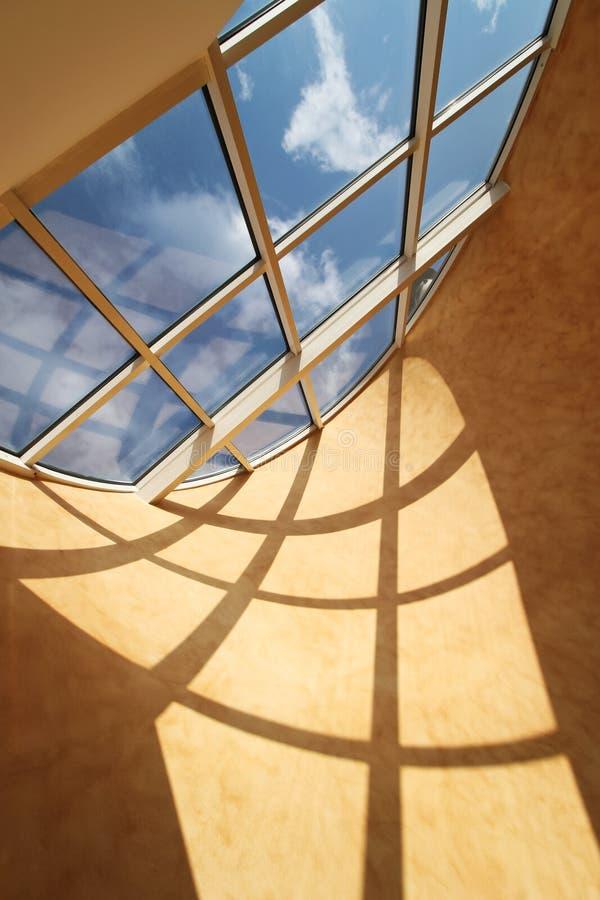 Hublot de lucarne de toit images stock