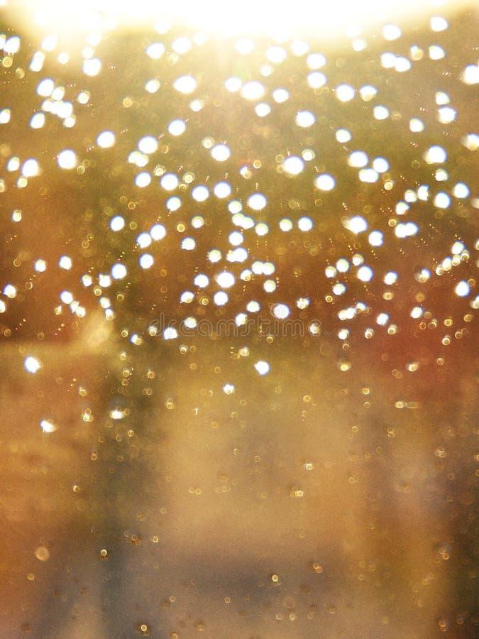 Hublot et pluie photo stock