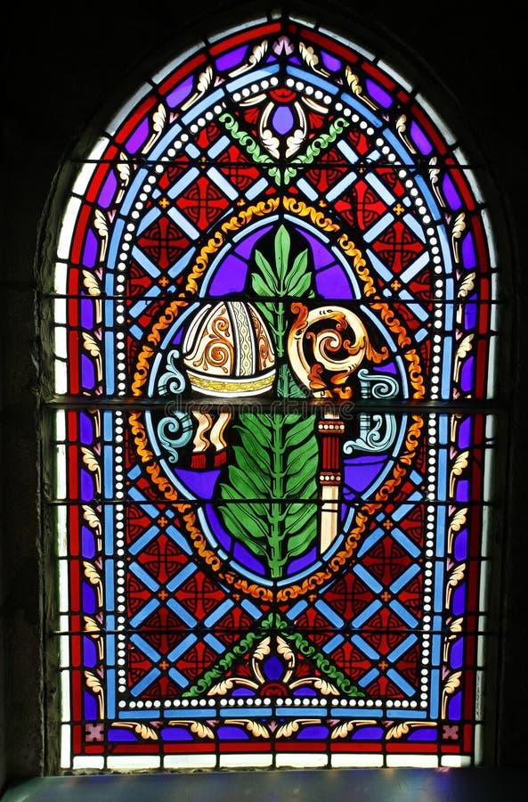 Download Hublot souillé par église image stock. Image du intérieur - 8664249