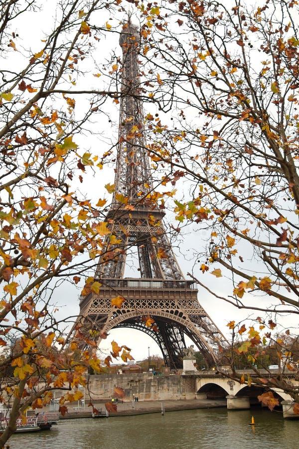 Hublot vers Paris photos libres de droits