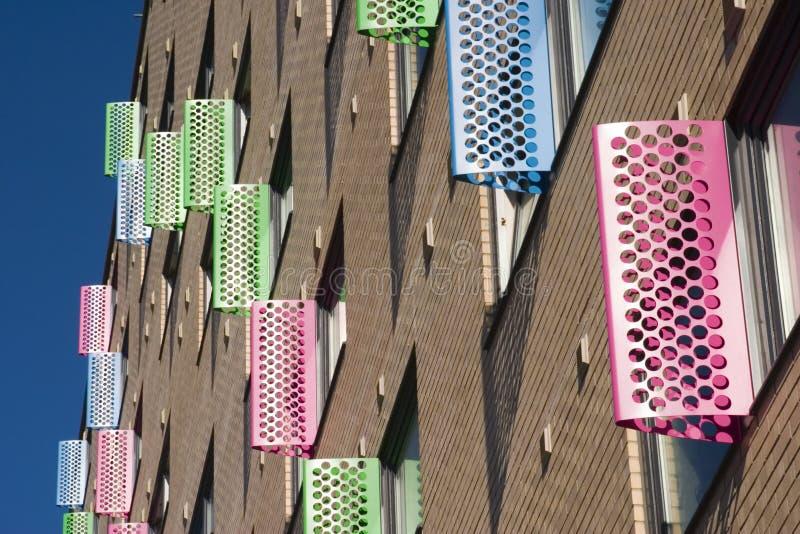 Hublots colorés, ville de Leeds images stock