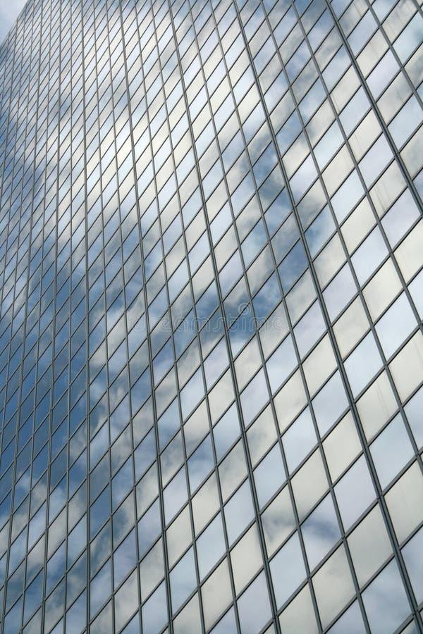 Hublots de gratte-ciel images stock