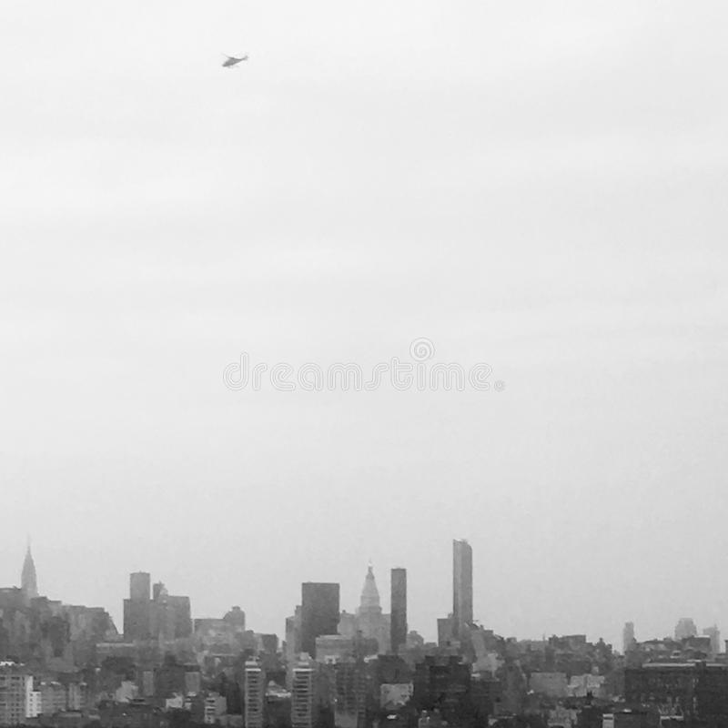 Hubschrauber über NYC lizenzfreies stockfoto