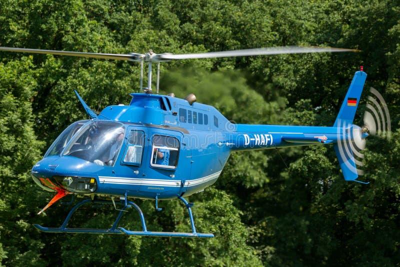 Hubschrauber Bell-206 lizenzfreies stockbild
