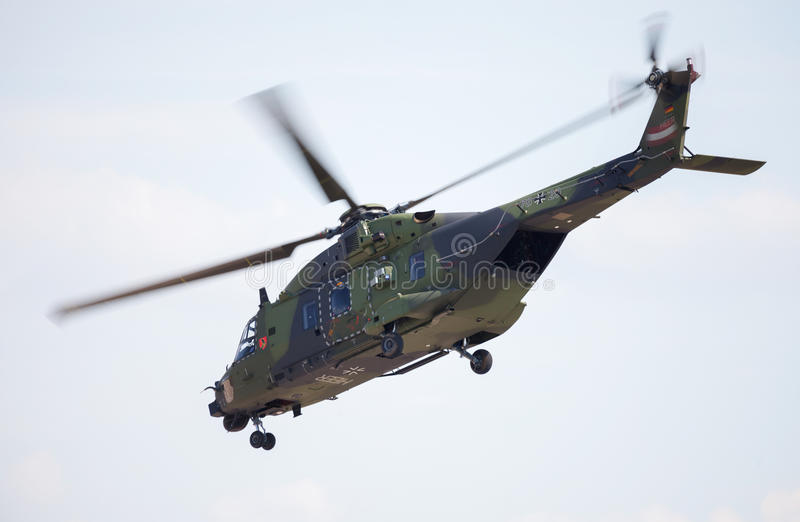 Hubschrauber NH90 der taktischen Truppe lizenzfreie stockfotografie