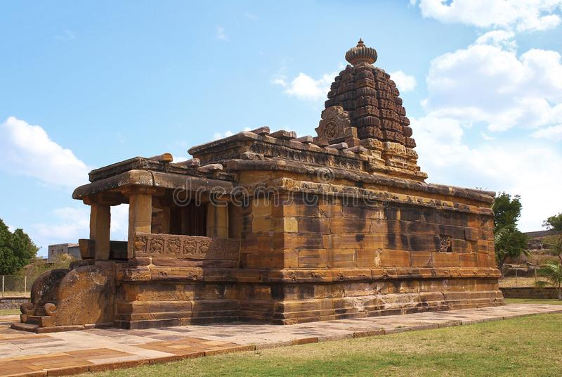 Hucchimalli Gudi, de Gekke tempel van Malli ` s, Aihole, Bagalkot, Karnataka, India Het wordt gewijd aan Shiva stock afbeelding