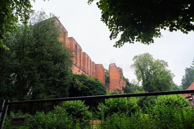 Hude,下萨克森州,德国- 2019年7月13日修道院废墟Hude 库存照片