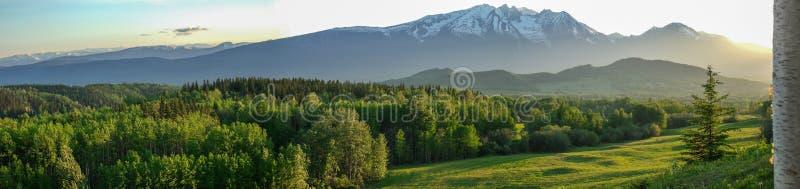 Hudson Bay Mountain - AVANT JÉSUS CHRIST Canada du nord photo libre de droits