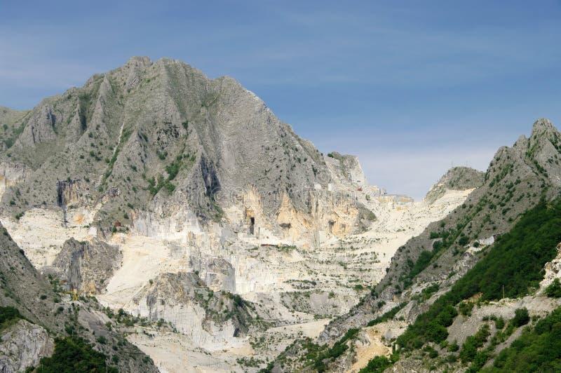 Hueco de piedra de mármol de Carrara fotografía de archivo libre de regalías