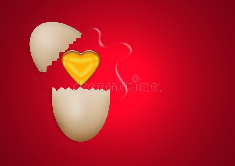 Huevo quebrado con la yema de huevo del corazón foto de archivo