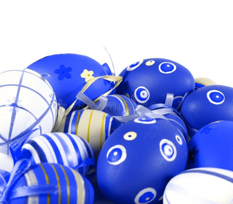 Huevos de Pascua azules imagenes de archivo
