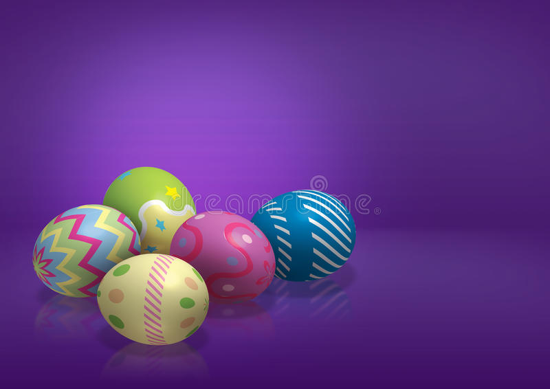 Huevos de Pascua coloridos en fondo púrpura imágenes de archivo libres de regalías