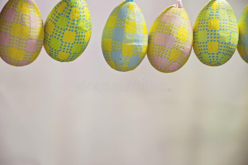 Huevos de Pascua para la frontera o el primer del marco fotografía de archivo libre de regalías