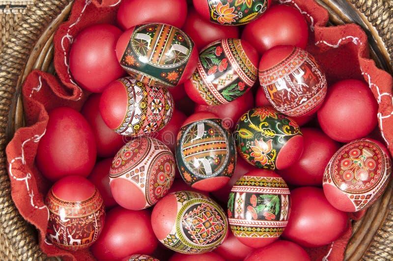 Huevos de Pascua rojos foto de archivo libre de regalías