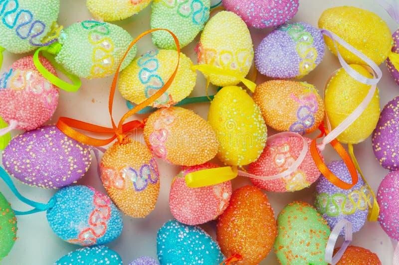 Huevos del este coloridos foto de archivo