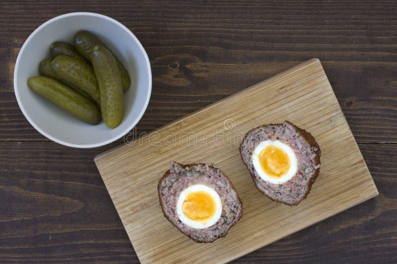 Huevos escoceses imagen de archivo