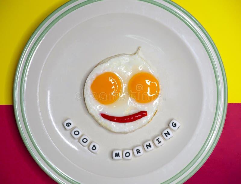 Huevos fritos, lado soleado para arriba fotografía de archivo libre de regalías